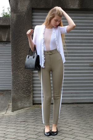 white vintage blouse - black vintage bag - tan American Apparel pants