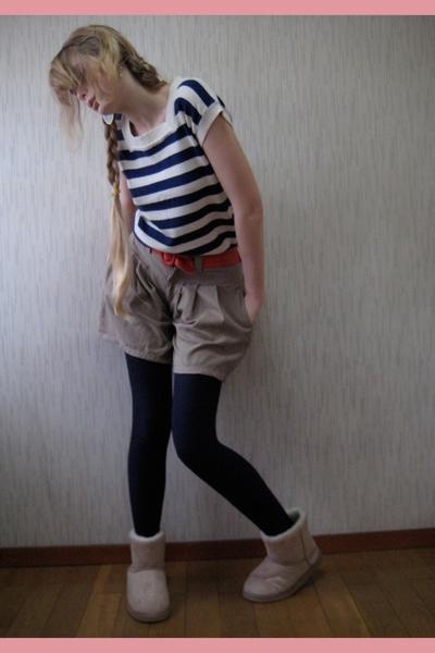 vintage top - Shop in Harajuku shorts - Episode belt - Shop in Harajuku boots
