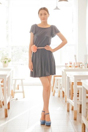 heather gray pleated myChickPea dress