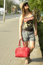 red bag - mustard hat - periwinkle shorts - silver t-shirt