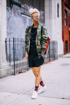 olive green camo G Star Raw jacket - white sneakers acne shoes