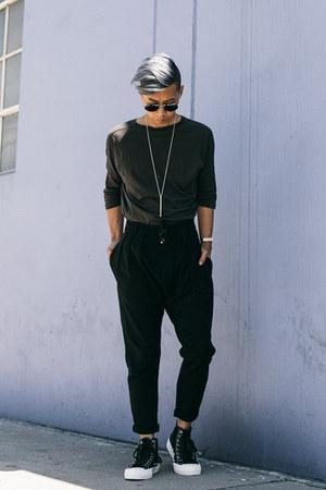 black sneakers PF Flyers shoes - black trousers Zara pants