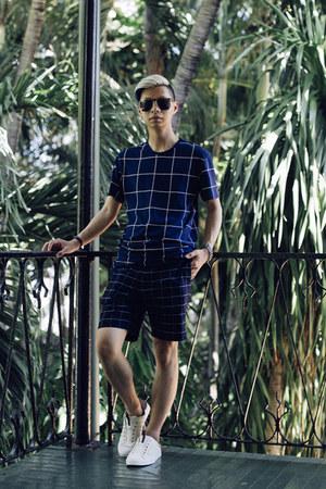 white slip ons kswiss shoes - navy shirt Zara shirt - navy shorts Zara shorts