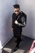 black backpack Steele & Borough bag - black duffel Steele & Borough bag