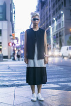 beige tank top Damir Doma top - white sneakers acne shoes