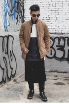 camel bomber Superism jacket - navy sneakers Tods shoes