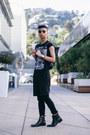 Black-graphic-tee-asos-shirt-black-backpack-kao-pao-shu-bag