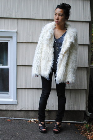 white free people coat - black Current Elliott jeans - black Steve Madden shoes