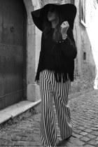 Borsalino hat - Zara pants