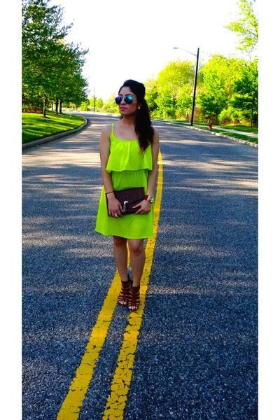 chartreuse tier dress dress - dark brown bag - blue aviators sunglasses