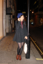 H&M hat - my sisters coat - Uni Qlo shirt - Camden Lock boots - artbox accessori