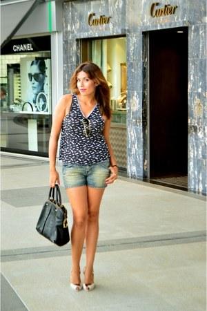 Melissa heels