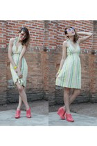 c&a dress - yellow O Pato Veste bracelet - hot pink Ramarim wedges
