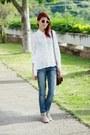 Beige-round-zerouv-sunglasses-white-cross-chicwish-shirt-brown-levis-bag