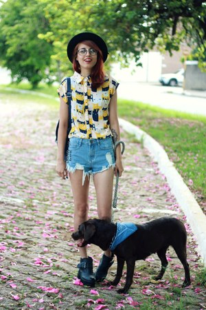 yellow cat romwe shirt - sky blue hot pants OASAP shorts