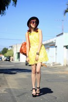 yellow lace Sheinside dress - black romwe hat - tawny backpack chicnova bag