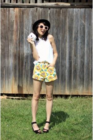 yellow OASAP shorts - peach zeroUV sunglasses - black Arezzo sandals