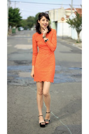 black My Shoes Itu sandals - carrot orange lace Topshop dress