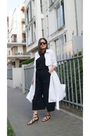 black Mango sandals - black H&M pants