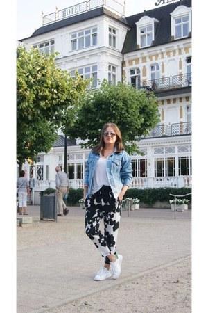 blue denim second hand jacket - black cowprint Zara pants