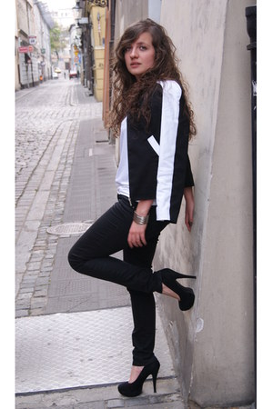 black sewed by my mum jacket - white Mango blouse - black H&M pants