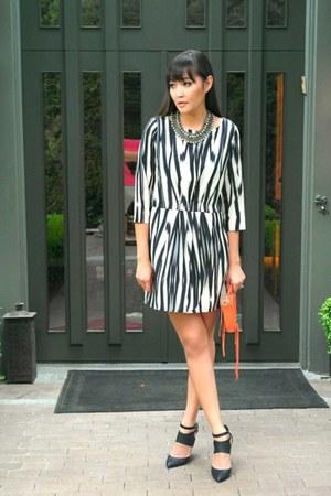 Mango dress - Rebecca Minkoff bag - Dolce Vita heels