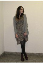 heather gray cardigan - army green cardigan - maroon boots - dark gray tights