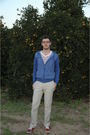 Red-zara-shoes-beige-zara-pants-brown-zara-belt-blue-lefties-cardigan-wh