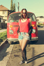 Vintage-shirt-levis-shorts-candies-flats
