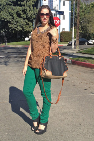 green emerald green lei jeans - bronze Yoki shirt - black Bamboo wedges