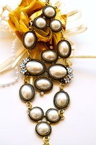 ivory Trinkettes bracelet