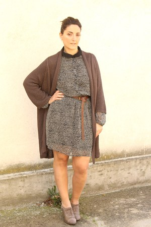 black animalier Zara dress - dark brown cardigan