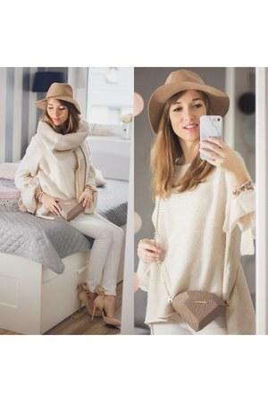 beige c&a hat - oversized Zara sweater - beige H&M scarf - white pull&bear pants