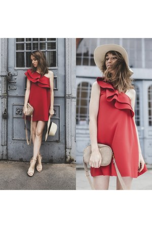 red Mohito dress - summer Mohito hat