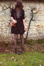 H&M vest - H&M skirt - H&M blouse - vintage shoes - vintage purse - H&M and vint