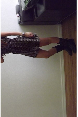 dark brown military Forever 21 boots - black animals H&M dress
