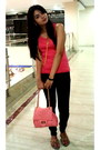 Salmon-bag-hot-pink-tank-top-hypercity-top-gold-layered-chain-necklace-bla