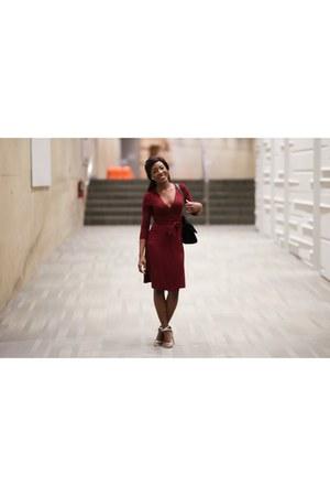silver Charlotte Russe heels - maroon wrap dress banana republic dress