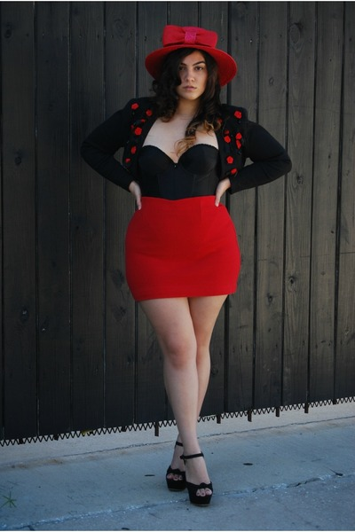 7ade63e14a1 ruby red skirt - ruby red hat - black intimate
