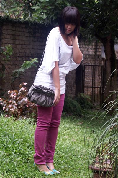 white Forever 21 shirt - purple Forever 21 jeans - blue rubi shoes - gray Zara p