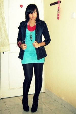 Forever21 top - random brand top - Dual jacket - random brand tights - Zara boot