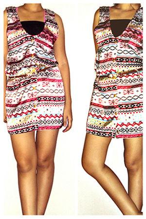 red Muaya Clotingline dress