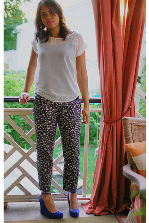 blue ann taylor wedges - white MIKKAT MARKET shirt - ann taylor pants