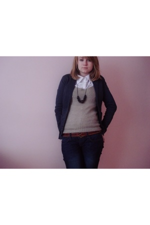 vintage shirt - Mango sweater - New Yorker jacket - Zara jeans - vintage belt -