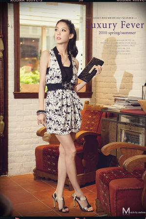 white Melissa dress - black