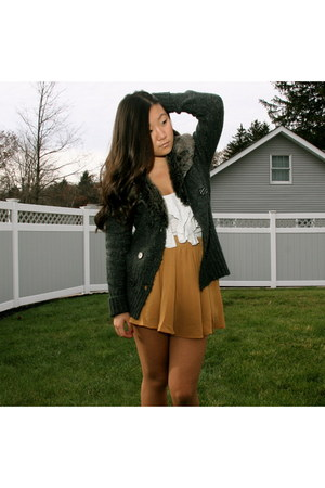 mustard chiffon Forever 21 skirt - gray Romeo and Juliet Couture sweater