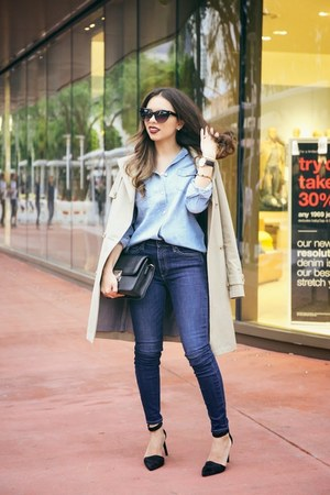 navy Gap jeans - black Nine West shoes - light blue Gap shirt
