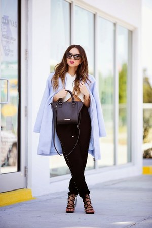 light blue baby blue BB Dakota coat - black Shoedazzle shoes