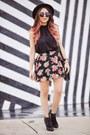 Black-guess-shoes-black-hm-bag-pink-guess-skirt