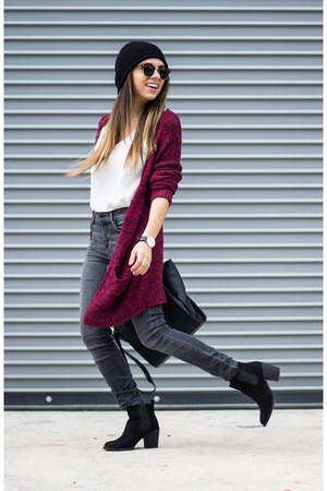 maroon knit abercrombie and fitch cardigan - black H&M boots